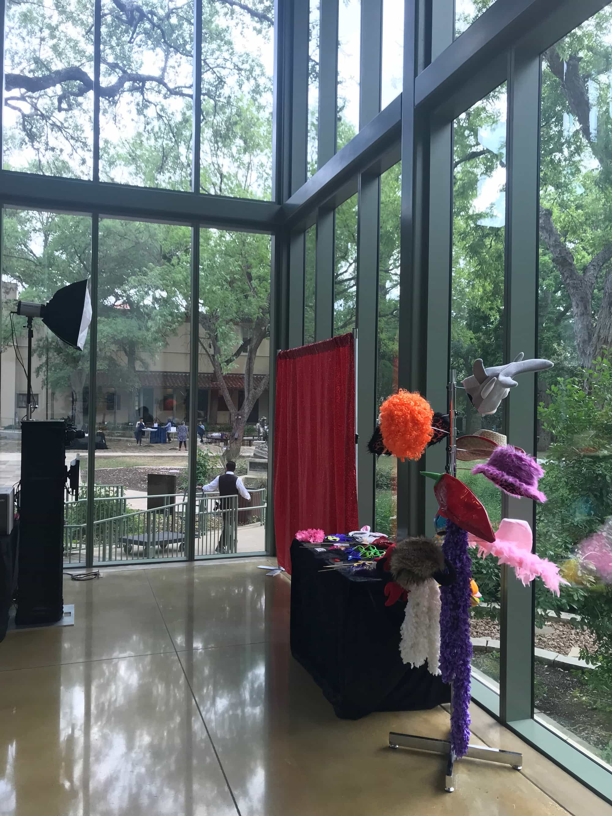 Open Air Photo Booth - Live Oak Photo Booth
